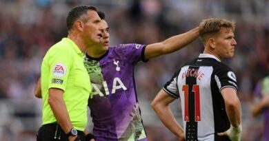 Le match Newcastle vs Tottenham est interrompu en raison d'une urgence médicale dans la foule de St James 'Park    Actualités footballistiques